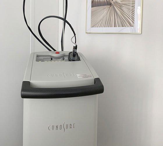 Machine laser d'épilation de la marque Cynosure